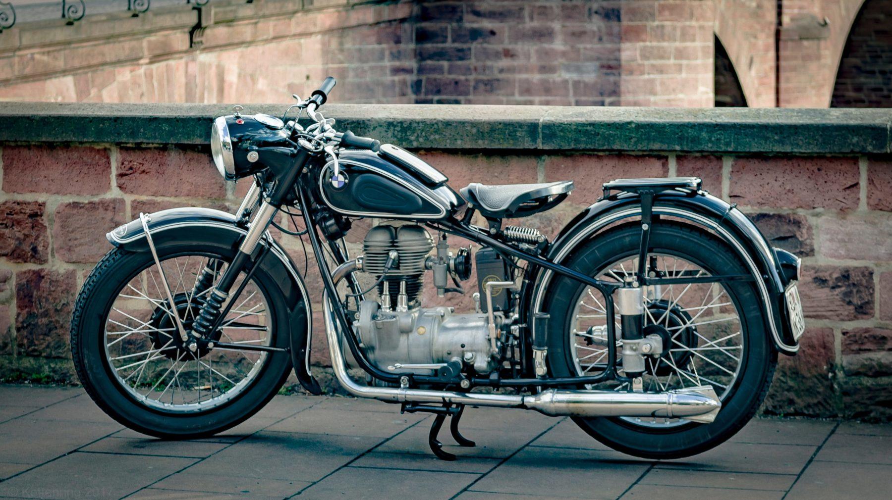 pintar las llantas de una moto