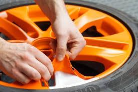 Pintura naranja mate, removible, Plastidip. Fàcil de aplicar y fácil de quitar.